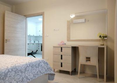 apartamenty-galatex-lux-s-odnoy-spalney-kipr-vozle-morya-pervaya-polosa-005