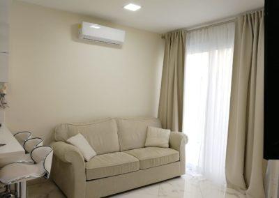 apartamenty-galatex-lux-s-odnoy-spalney-kipr-vozle-morya-pervaya-polosa-008