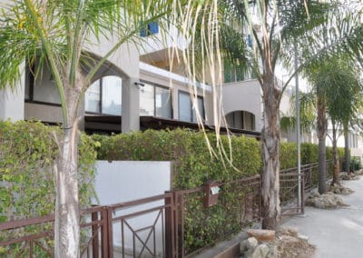 galatex-lux-apartments-kipr-arenda-zhilya-na-beregu-011
