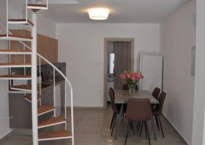 apartamenty-galatex-lux-s-dvumya-i-chetyrmya-spalnyami-kipr-vozle-morya-pervaya-polosa-014