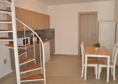 apartamenty-galatex-lux-s-dvumya-i-chetyrmya-spalnyami-kipr-vozle-morya-pervaya-polosa-020